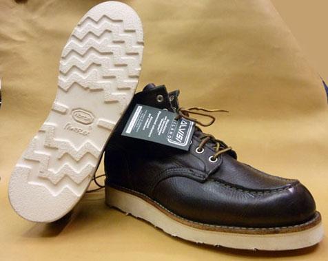Personalizzazione di calzature Church s